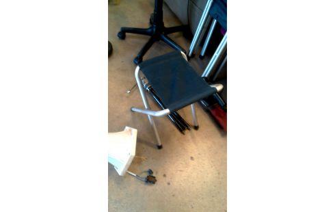 Vouwstoelen Te Koop.Koop Kans Vouwstoel Ales Troc Com