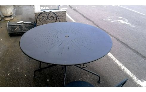 TABLE DE JARDIN METAL + 2 CHAISES