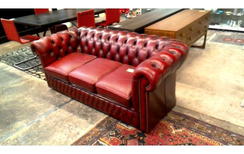 Canape Chesterfield 3 Places Cuir Rouge